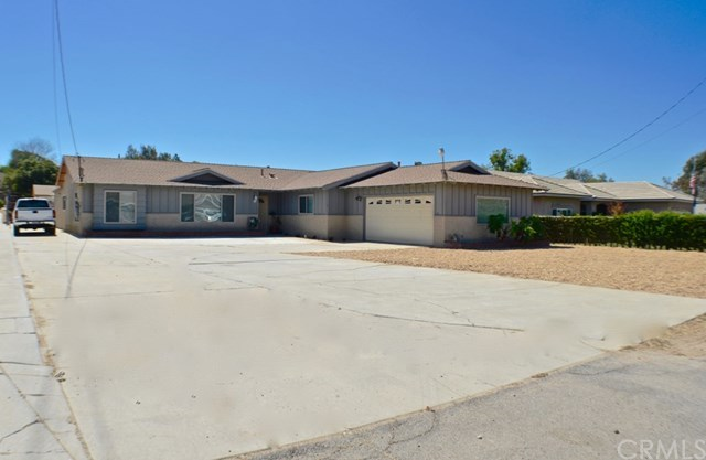 Closed | 940 3rd Street Norco, CA 92860 50