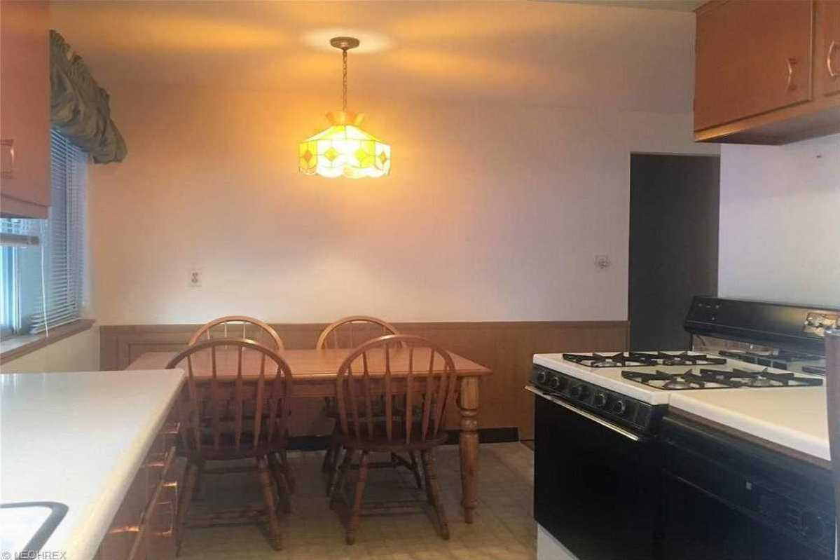 For Sale   1006 Judie Drive Cleveland, OH 44109 8