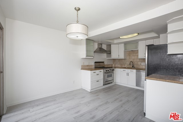 Active | 12629 CASWELL  Avenue #13 Los Angeles, CA 90066 2
