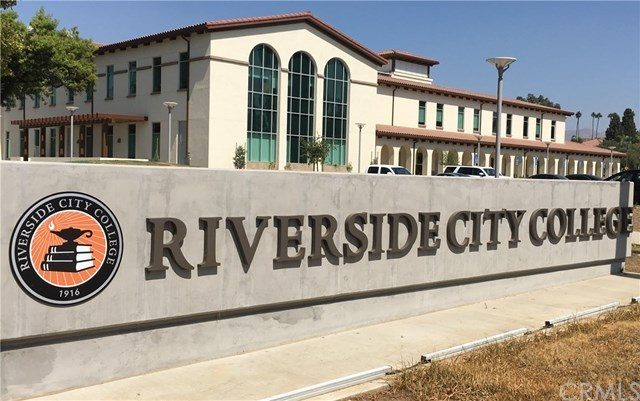 Closed | 2679 11th  Street Riverside, CA 92507 18