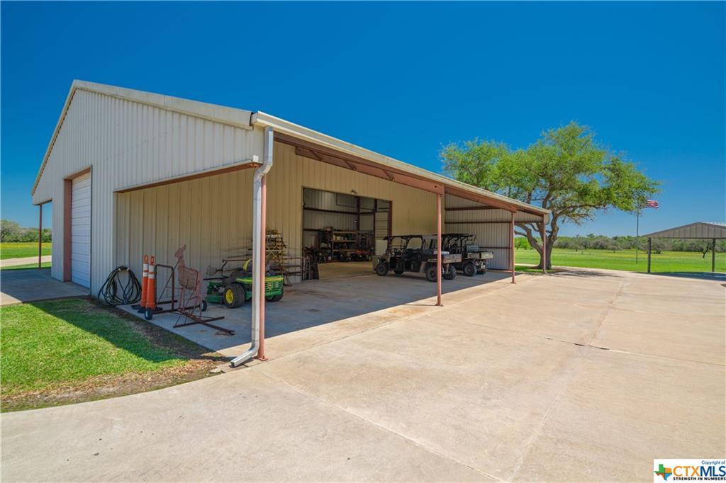 Active | 7084 Friar  Road Cuero, TX 77954 16