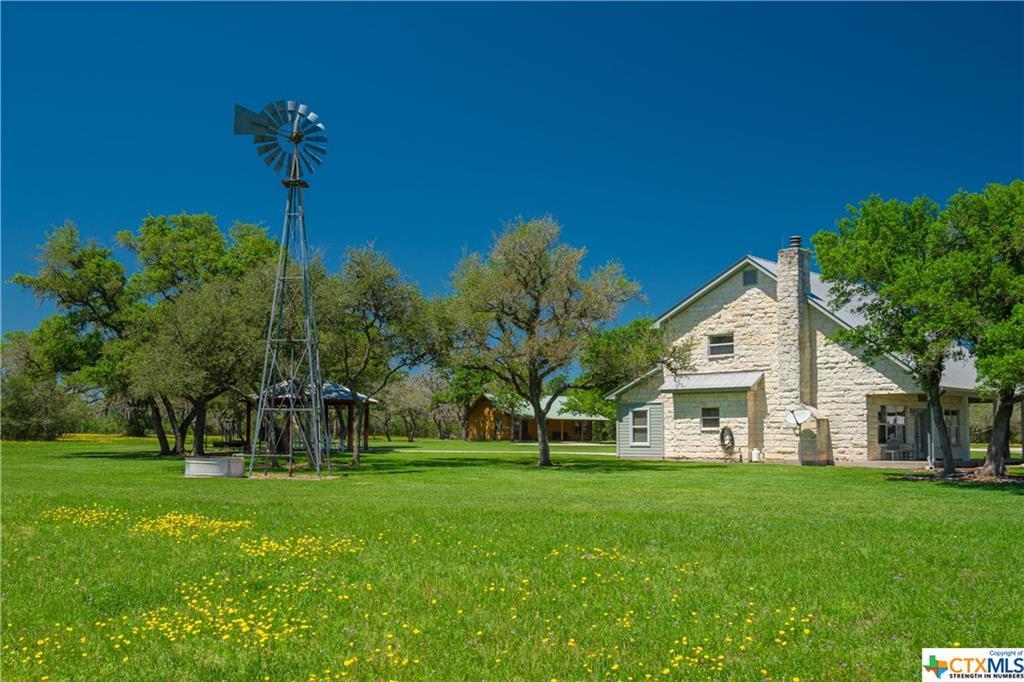 Active | 7084 Friar  Road Cuero, TX 77954 18