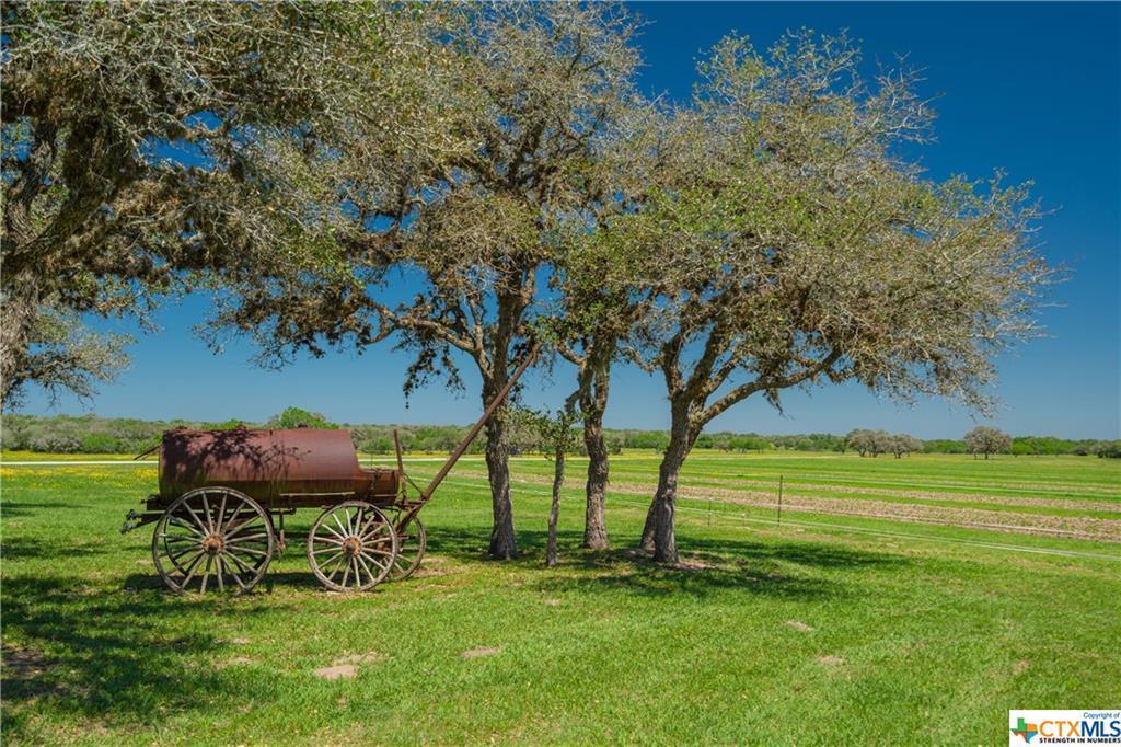 Active | 7084 Friar  Road Cuero, TX 77954 22