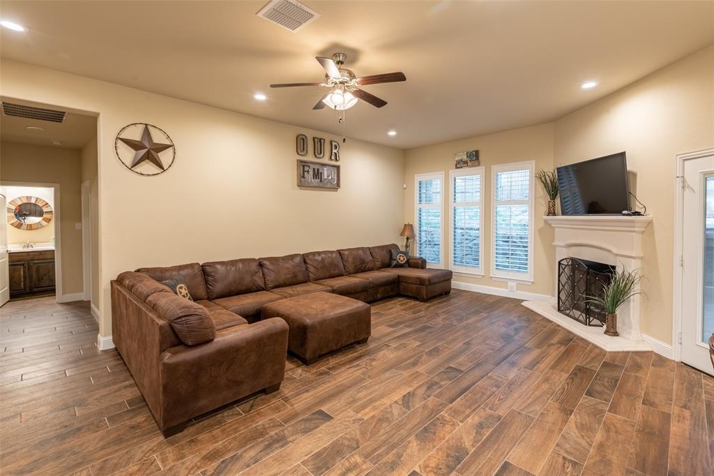 Sold Property | 428 Lake Terrace Drive Azle, TX 76020 8