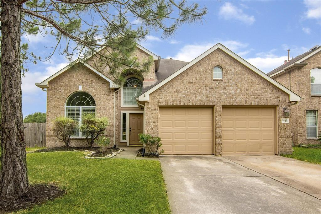 Pending | 7018 Sterling Meadow Drive Katy, Texas 77449 1