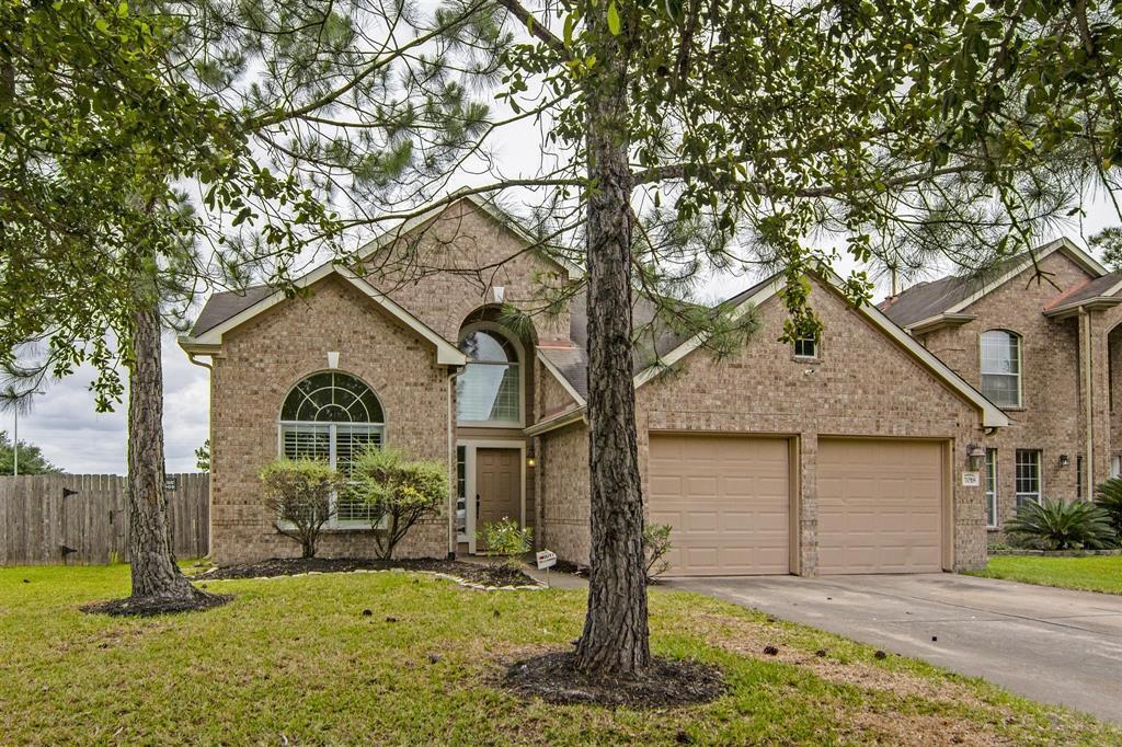 Pending | 7018 Sterling Meadow Drive Katy, Texas 77449 3