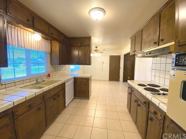 Closed   2060 Rancho Del Rey  Drive Atwater, CA 95301 9