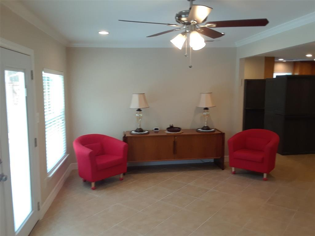 Active | 5843 Queensloch Drive Houston, TX 77096 5