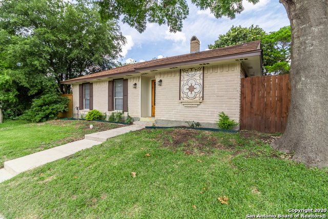 New | 656 FERN MEADOW DR Universal City, TX 78148 3