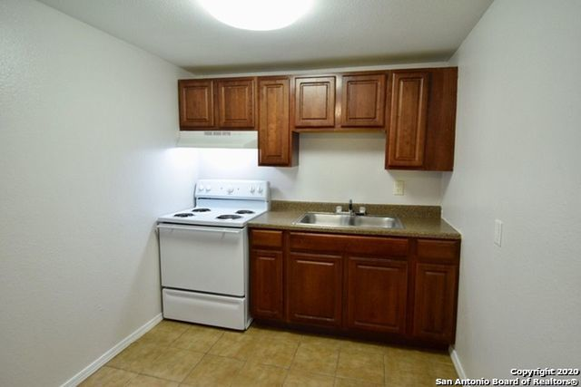 New | 137 E Norwood Ct San Antonio, TX 78212 5