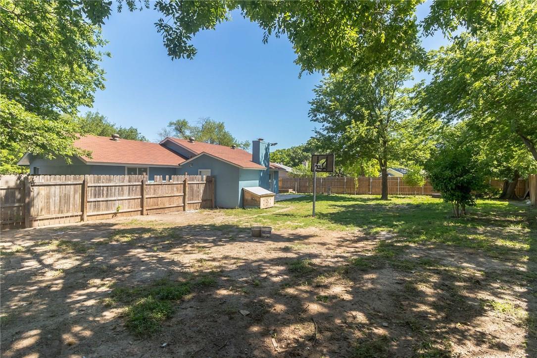 Active | 10104 Oak Hollow  Circle Austin, TX 78758 27