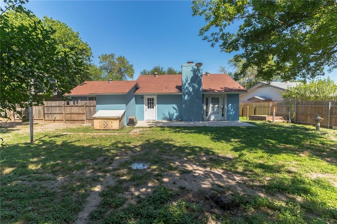 Active | 10104 Oak Hollow  Circle Austin, TX 78758 28