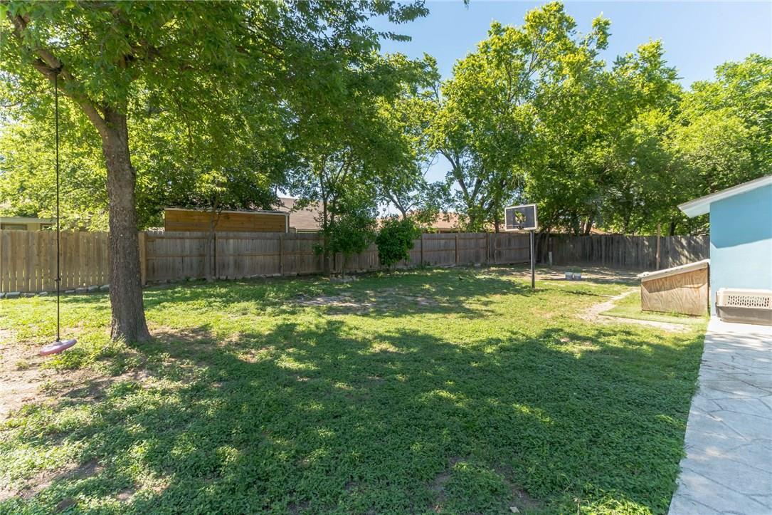Active | 10104 Oak Hollow  Circle Austin, TX 78758 29
