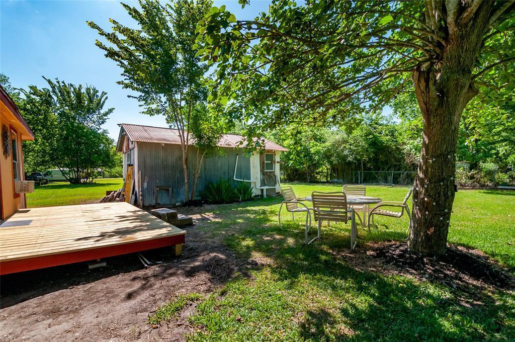 Pending | 1515 W Lobitt  Street Alvin, TX 77511 3