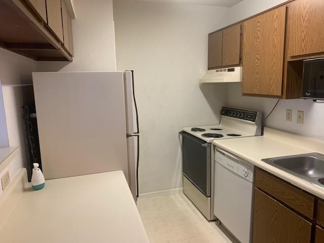 Pending | 2750 Holly Hall  Street #1008 Houston, TX 77054 8