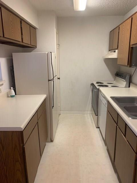 Pending | 2750 Holly Hall  Street #1008 Houston, TX 77054 9