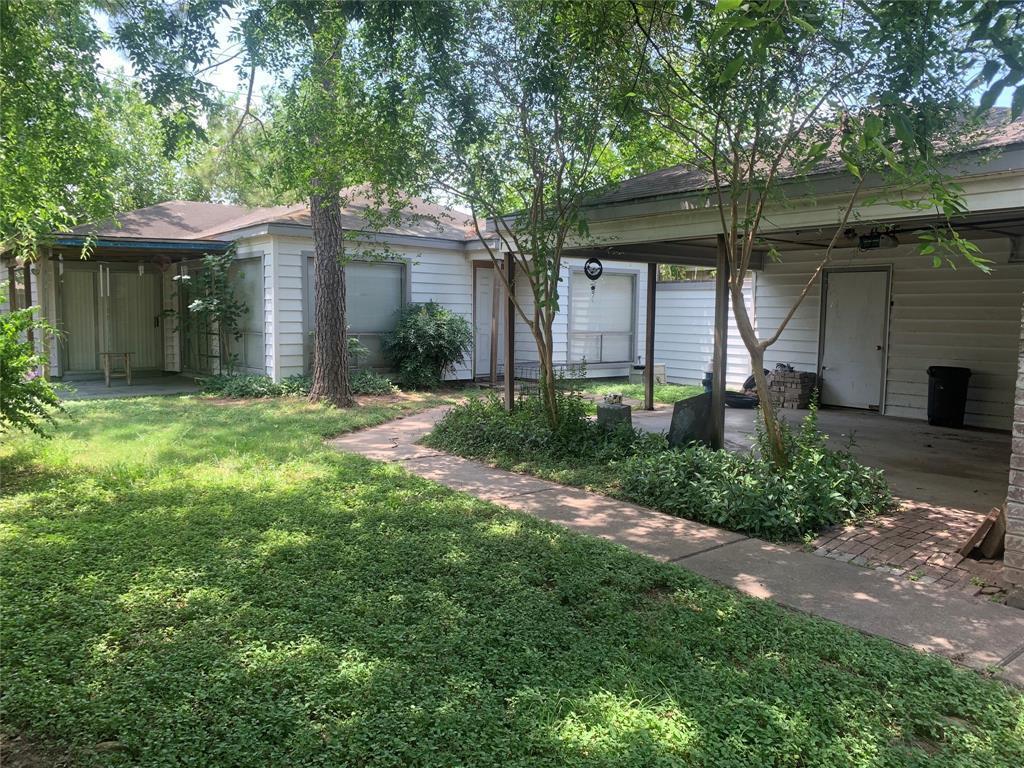 Pending | 10207 Foxrow Lane Houston, Texas 77064 3