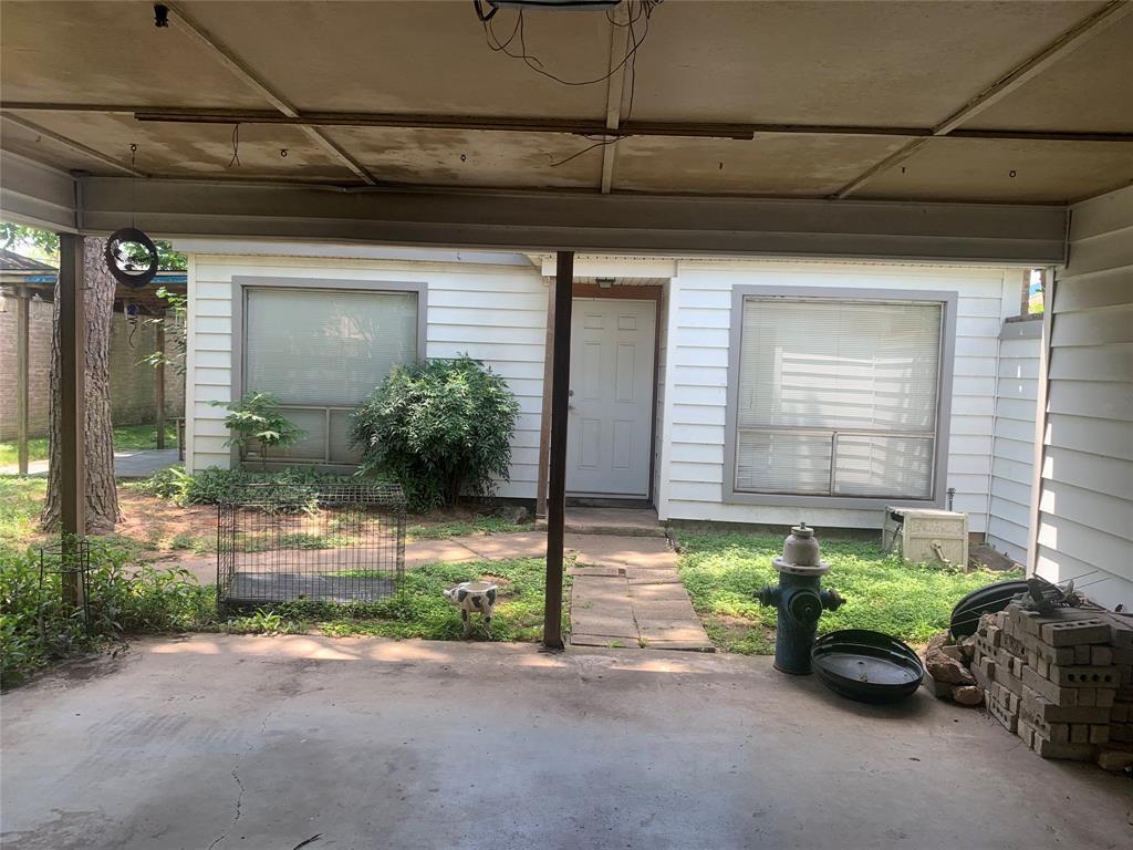 Pending | 10207 Foxrow Lane Houston, Texas 77064 7
