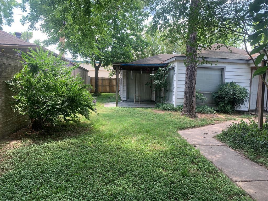 Pending | 10207 Foxrow Lane Houston, Texas 77064 8