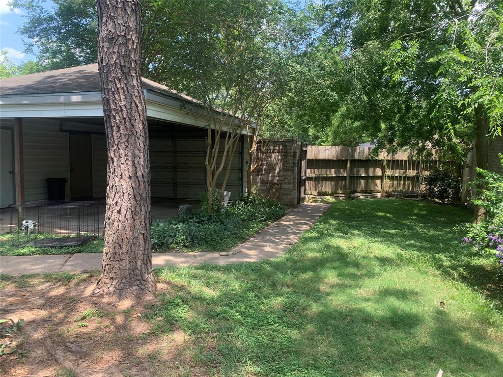 Pending | 10207 Foxrow Lane Houston, Texas 77064 9