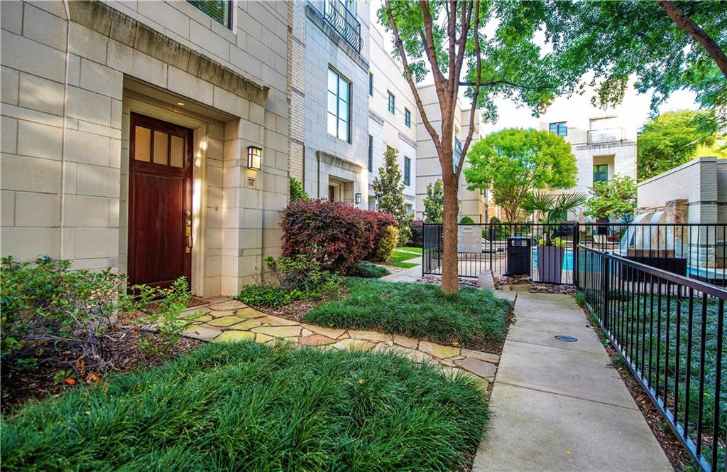 Housed Real Estate + Relocation  | 3210 Carlisle Street #46 Dallas, Texas 75204 2