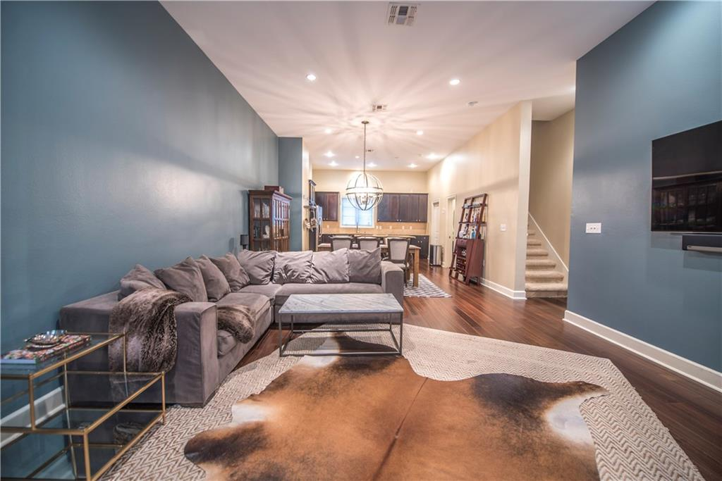 Housed Real Estate + Relocation  | 3210 Carlisle Street #46 Dallas, Texas 75204 12