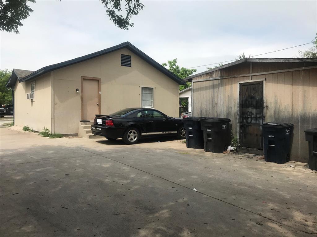 Active | 2204 Salisbury Avenue Fort Worth, TX 76106 13