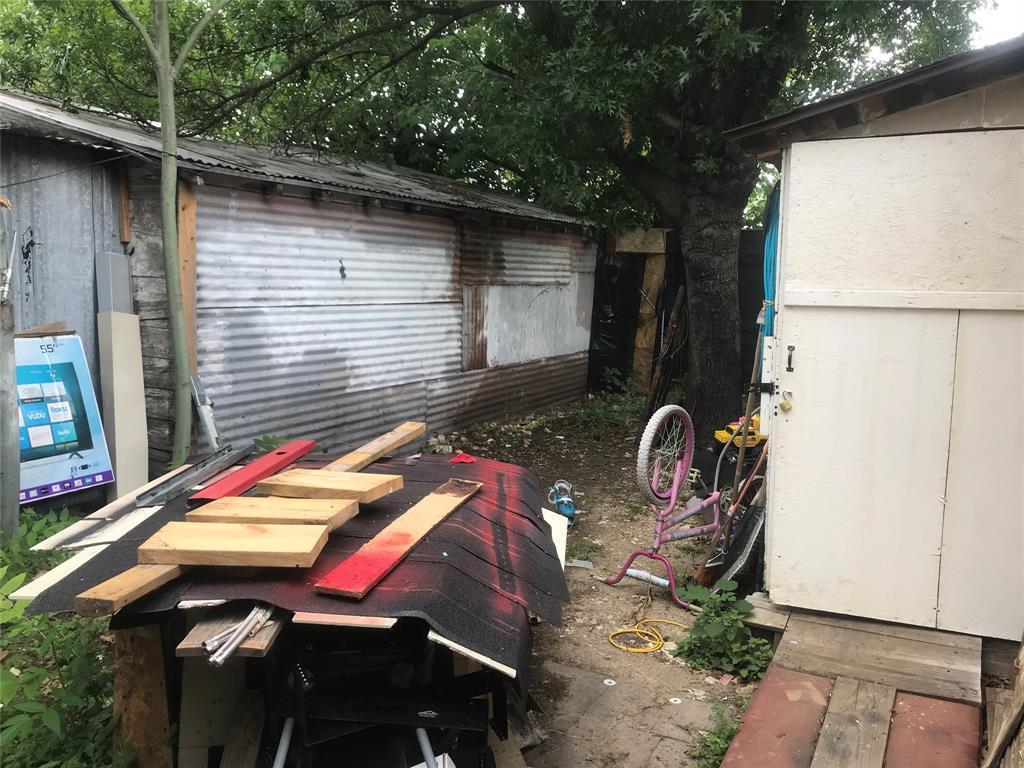 Active | 2204 Salisbury Avenue Fort Worth, TX 76106 21