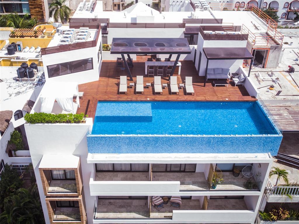 Active | 0 Calle 24 Norte   #403 Playa Del Carmen, Mexico 77710 3