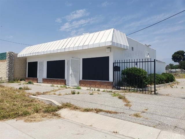Closed | 2130 W Highland Avenue San Bernardino, CA 92407 0