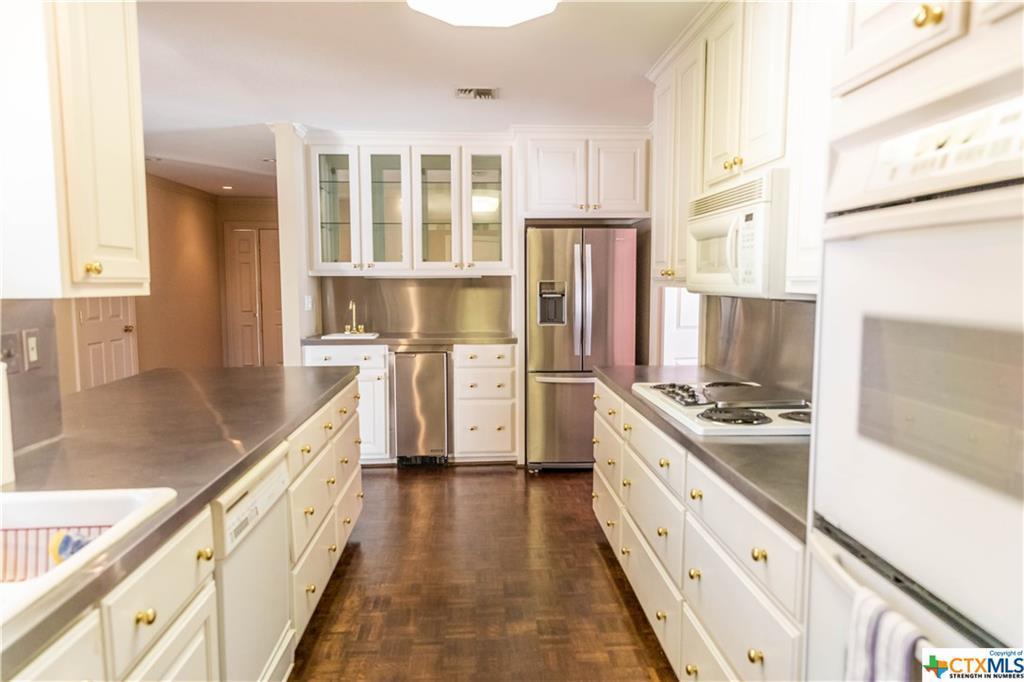 Sold Property | 402 Third Street Cuero, TX 77954 14