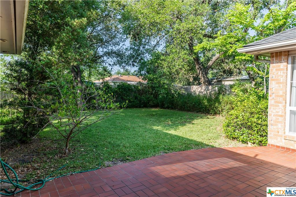 Sold Property | 402 Third Street Cuero, TX 77954 16