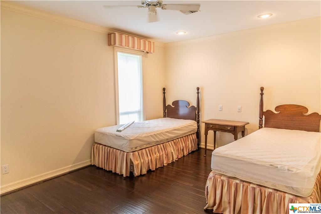 Sold Property | 402 Third Street Cuero, TX 77954 23