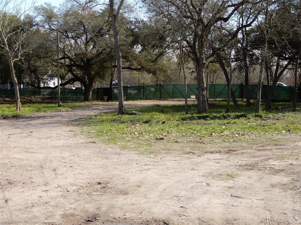 Active | 4805 S Acres  Drive Houston, TX 77048 1