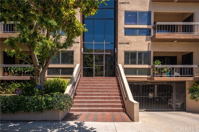 Closed | 1870 Kelton   #103 Los Angeles, CA 90025 28
