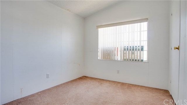 Active | 4000 Pierce   #133 Riverside, CA 92505 9