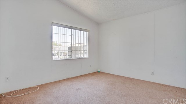Active | 4000 Pierce   #133 Riverside, CA 92505 11