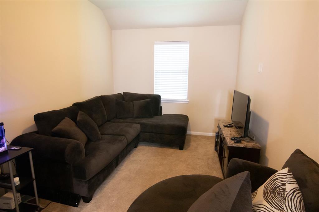 Active | 3834 Raintree Village Drive Katy, TX 77449 14