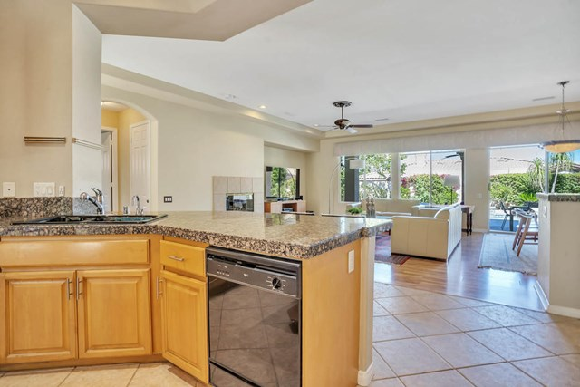 Closed | 47910 Via Zurich La Quinta, CA 92253 15