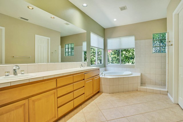 Closed | 47910 Via Zurich La Quinta, CA 92253 24