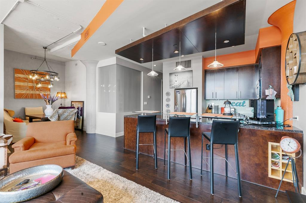 Active | 2600 W 7th Street #2648 Fort Worth, Texas 76107 8