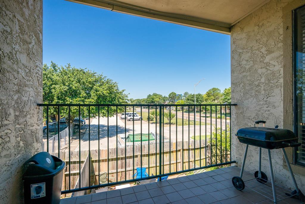 Active | 10075 Westpark  Drive #17C Houston, TX 77042 32