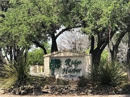 Active | 44 Harbor Drive Spicewood, TX 78669 8