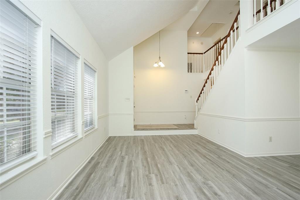 Option Pending | 14427 Little Willow  Walk Houston, TX 77062 12