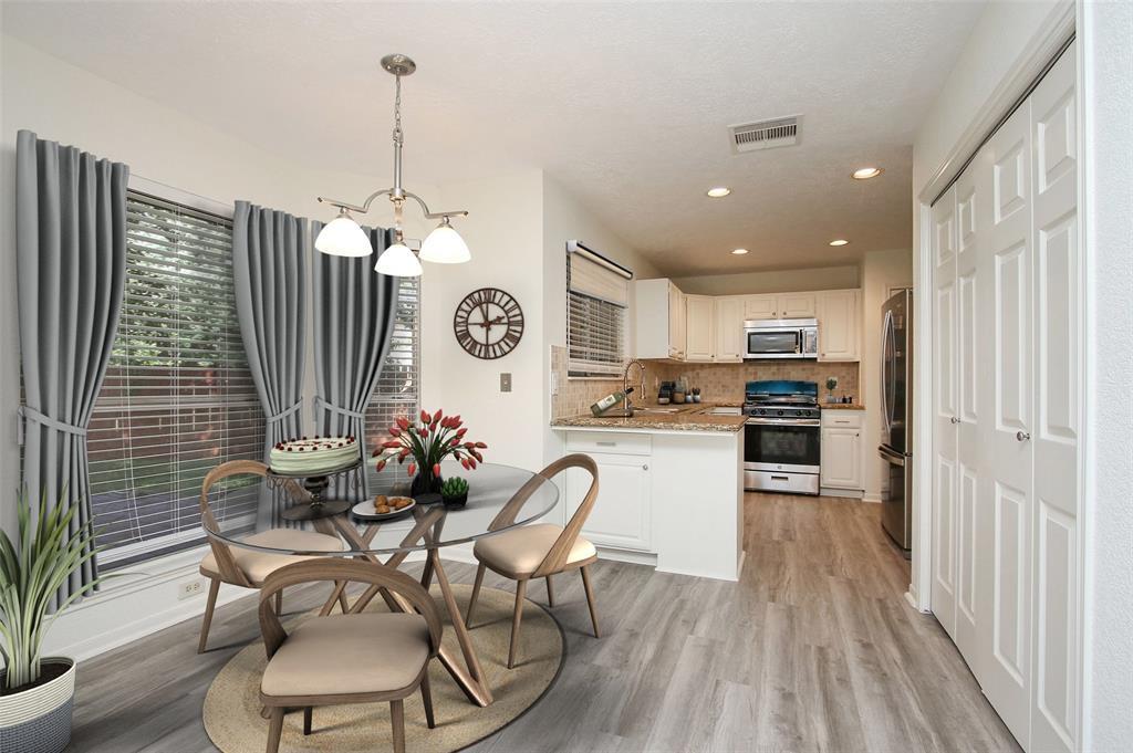 Option Pending | 14427 Little Willow  Walk Houston, TX 77062 17