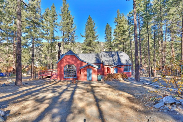 Closed | 1132 Edna  Street Wrightwood, CA 92397 3