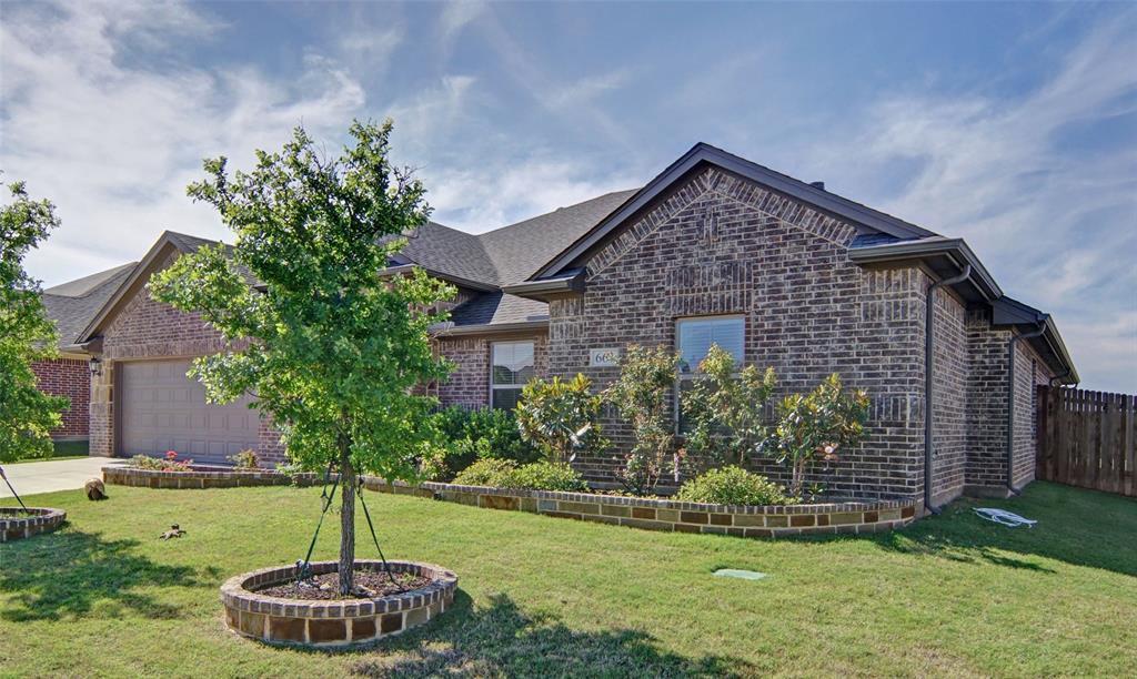 Sold Property | 661 Creek Point  Drive Saginaw, TX 76179 2