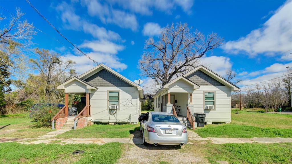 Active | 3011 Dennis Street Houston, TX 77004 0