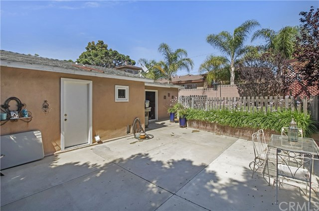 Closed | 1230 E Pine Avenue El Segundo, CA 90245 20