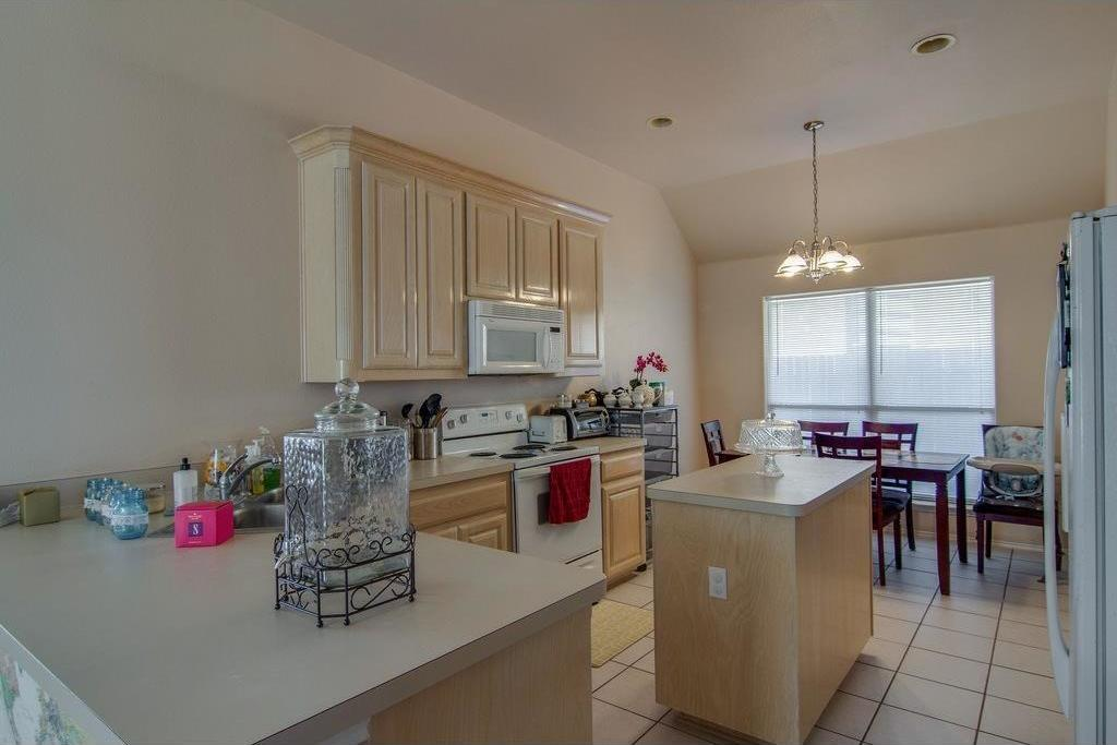 Leased   6420 Stockton Drive Fort Worth, Texas 76132 7